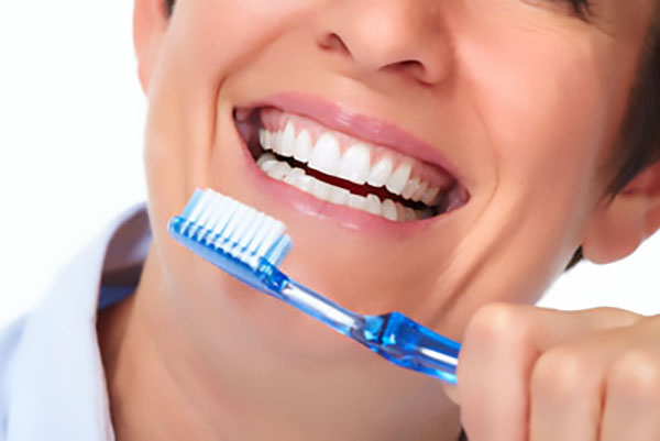 A Look At Gum Disease: What Is Periodontitis?