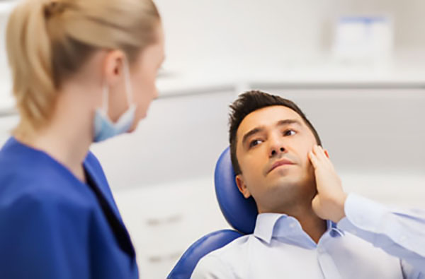 Why Seeing An Emergency Dentist Could Save Your Life